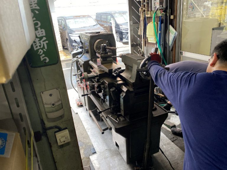 工場移転による機械の移設