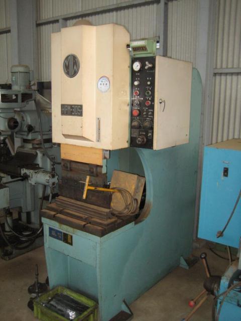 万能油圧プレスブレーキHPM-30S